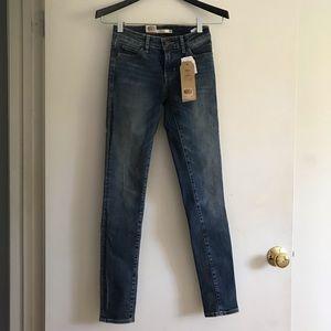 NWT skinny Levi's jeans 25x30